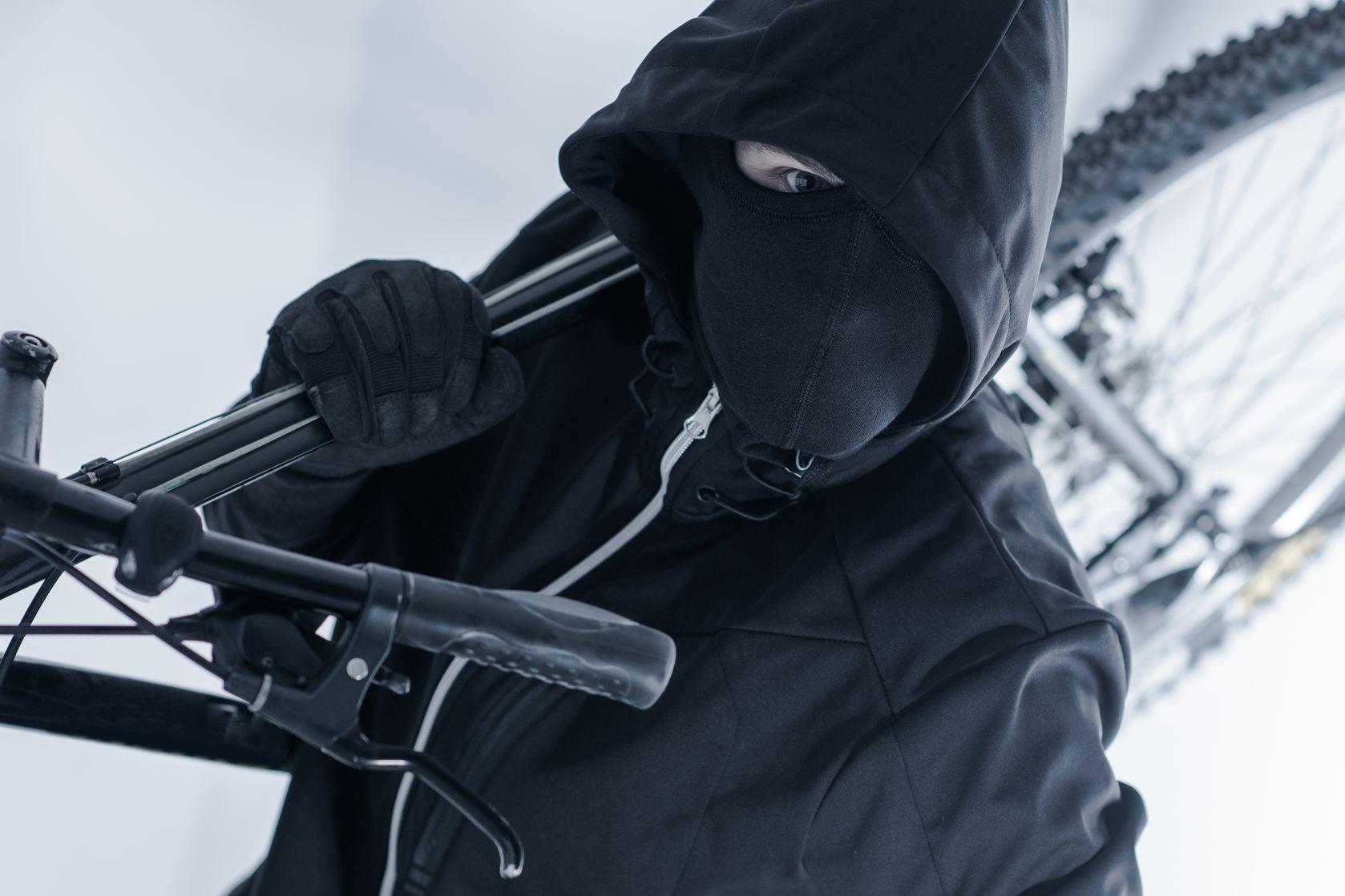 robo bicicleta ladrón