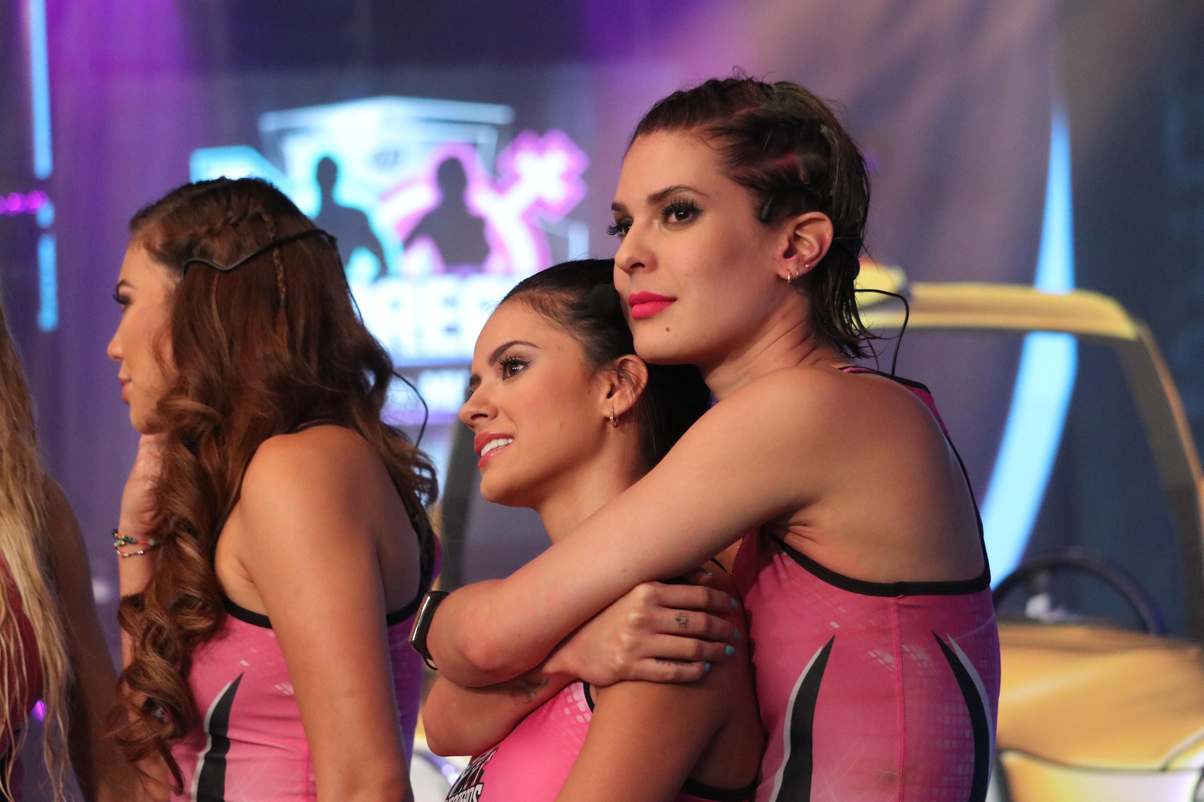 La celebración del Día del Amor y la Amistad generó polémica en «Guerreros»