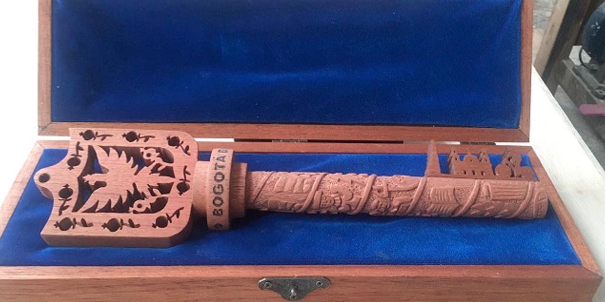 Esta es la llave de la ciudad que se le entregará al papa durante su visita a Bogotá