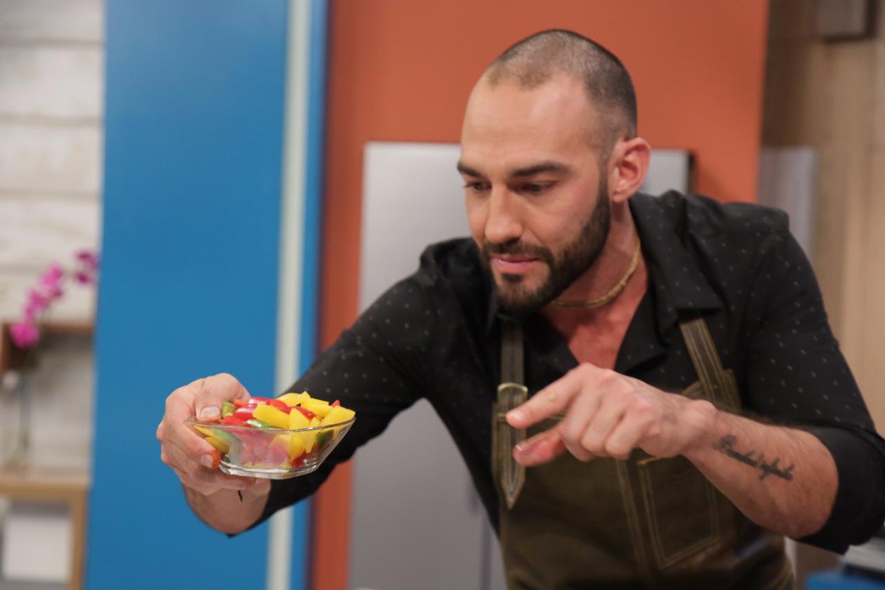 Leo Morán cocina