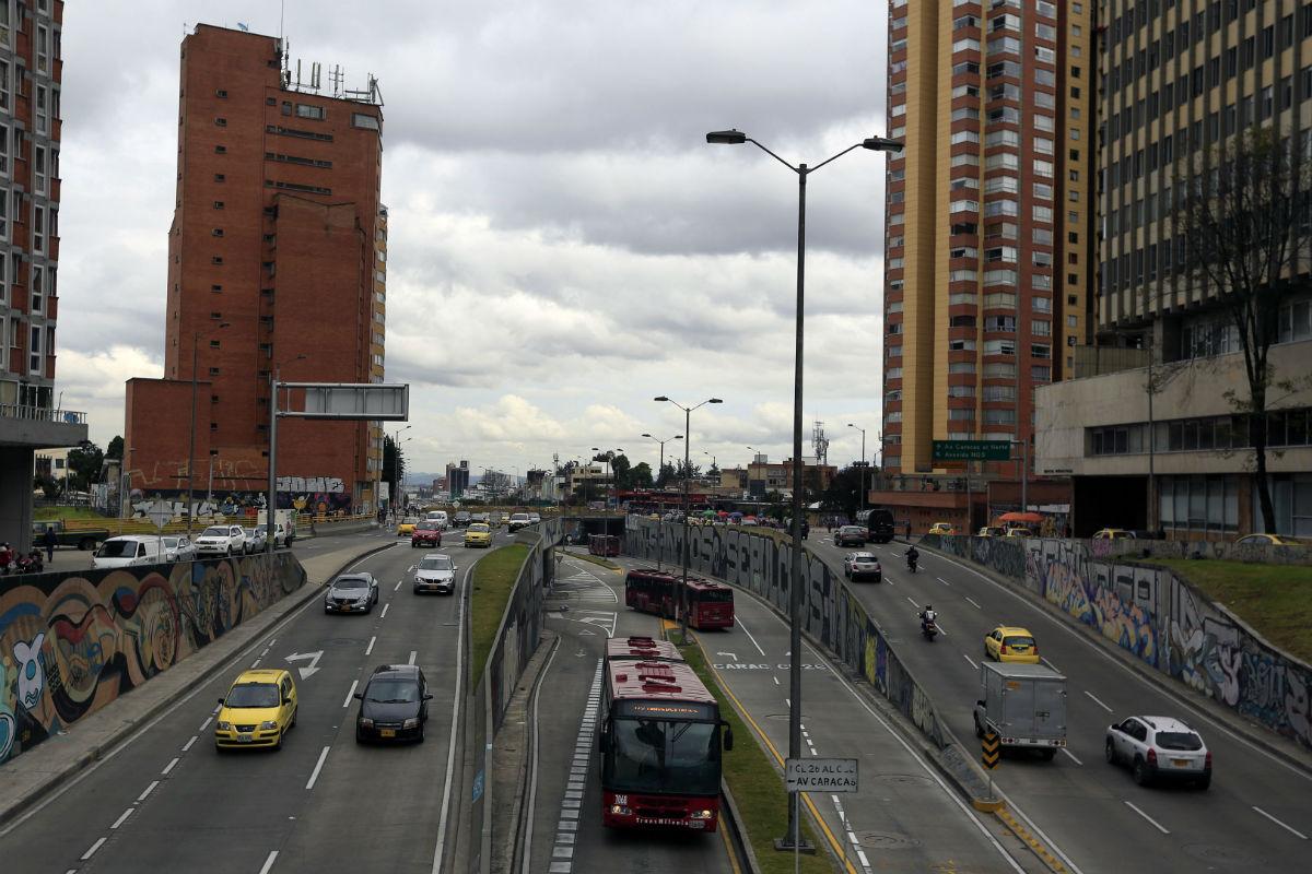 calle 26 transmilenio avenida Bogotá grafitis - afp