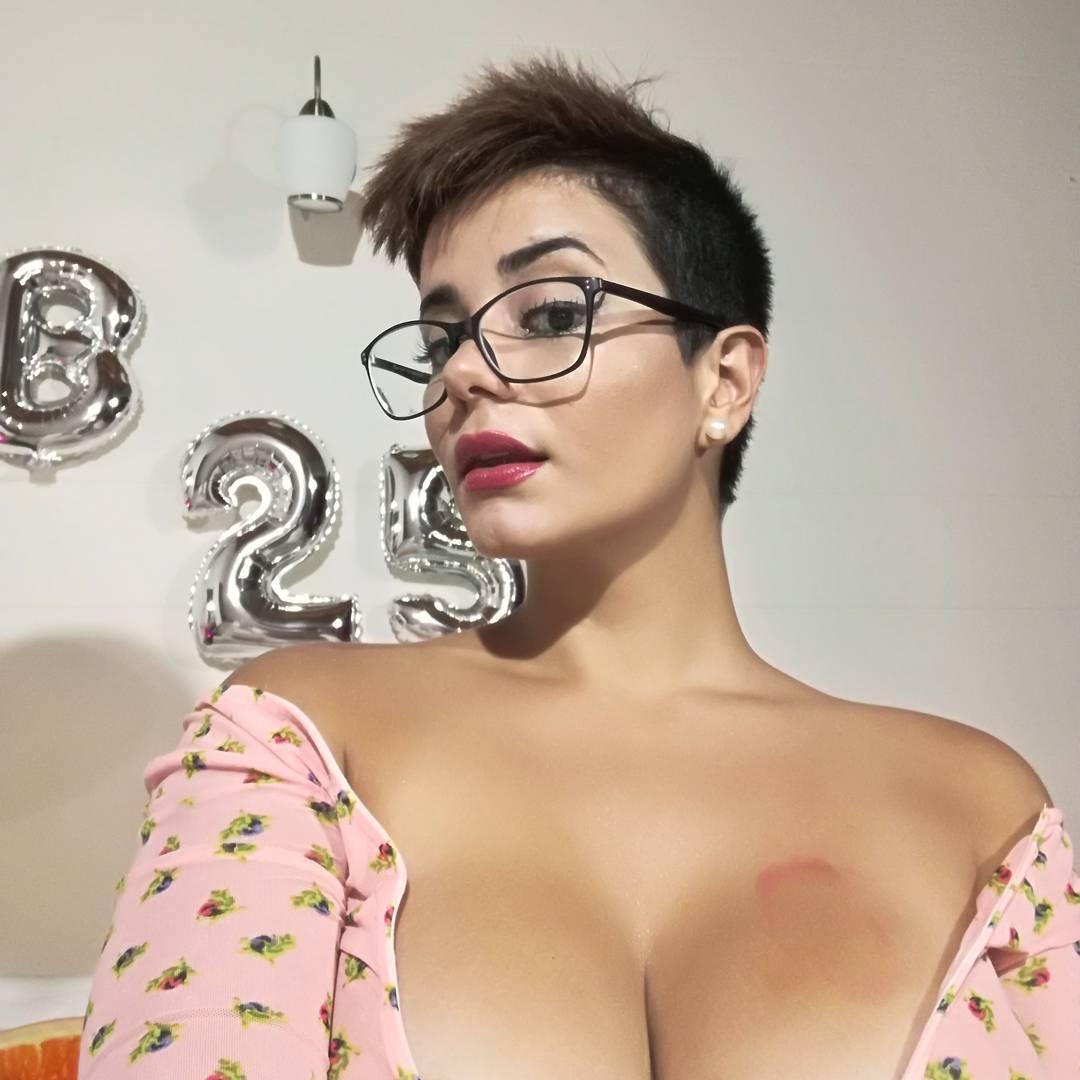 La razón del porqué la actriz porno Amaranta Hank no grabará video con joven en situación de discapacidad