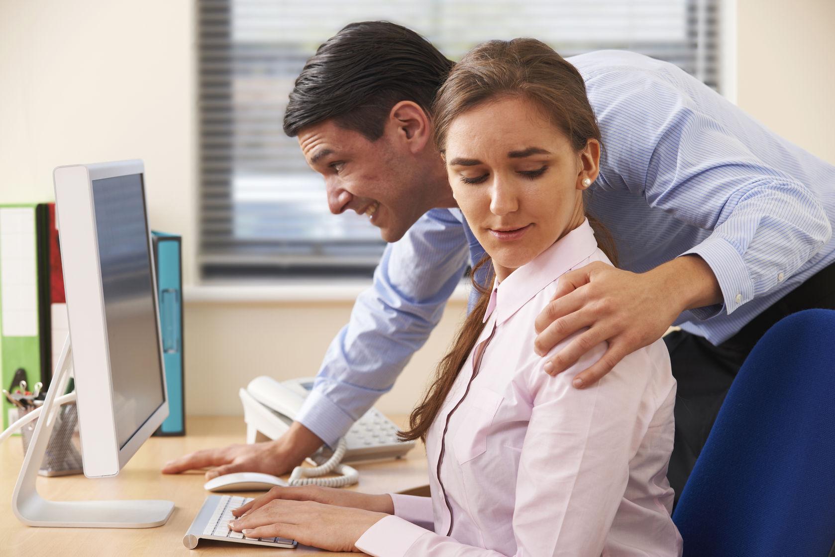 ¿Qué hacer ante un acoso laboral o sexual?