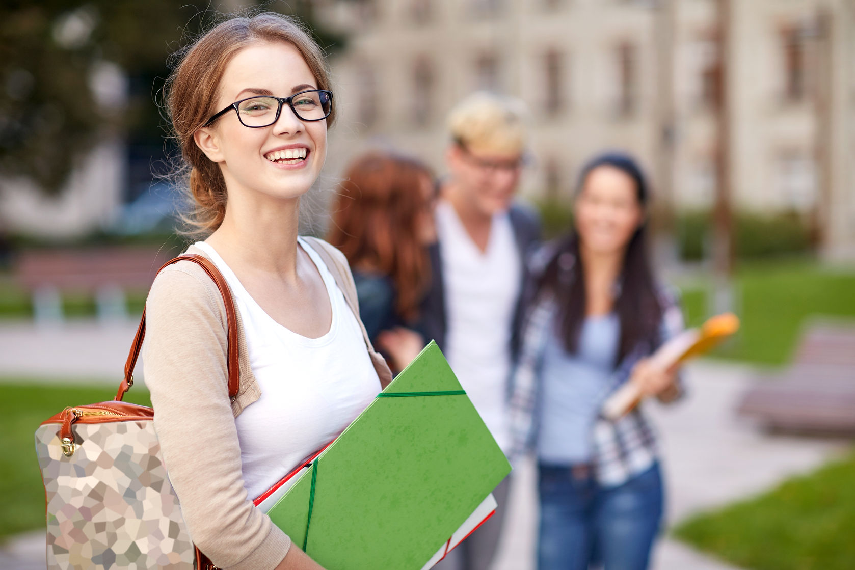 ¿Con ganas de estudiar en el exterior? Aplica a estas becas