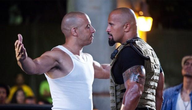 """Foto: Vin Diesel y Dwayne Johnson en escena de """"Rápidos y furiosos"""""""