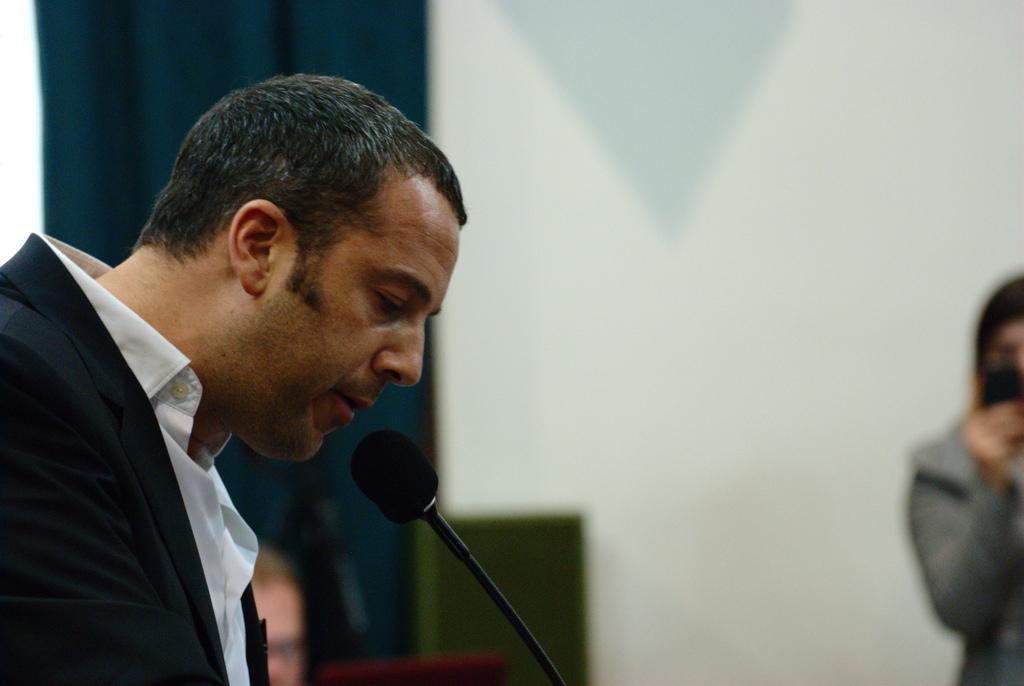 Jose Gaviria lanza disco en homenaje a Juan Gabriel
