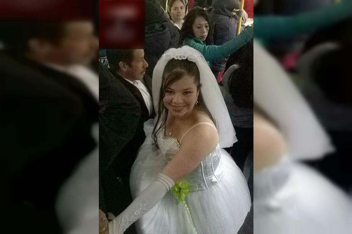 La novia que se atrevió a llegar a su boda en Transmilenio