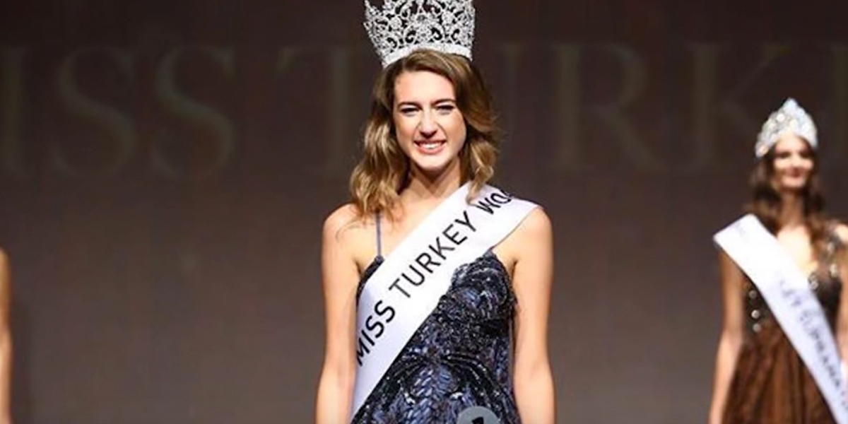 Destituida Miss Turquía por palabras inapropiadas en sus redes sociales