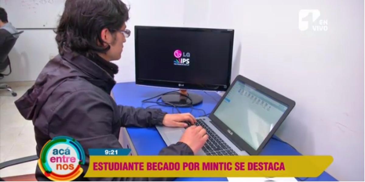 El joven es uno de los beneficiados del programa del MinTIC - Foto: captura de pantalla.