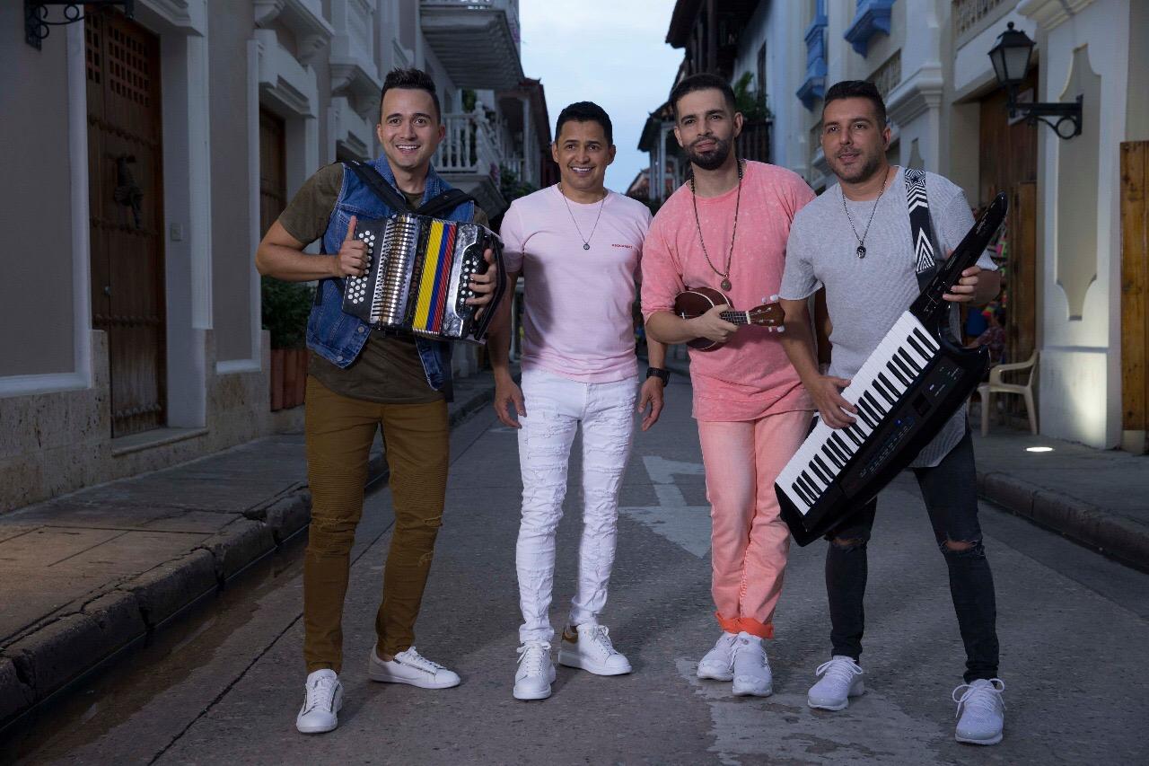 Jorge Celedón y Alkilados se unen en el remix de «Me Gustas Mucho»
