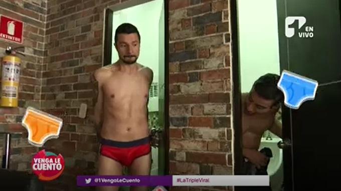 Tavo Bernate y Santiago Rendón se probaron como modelos de calzoncillos