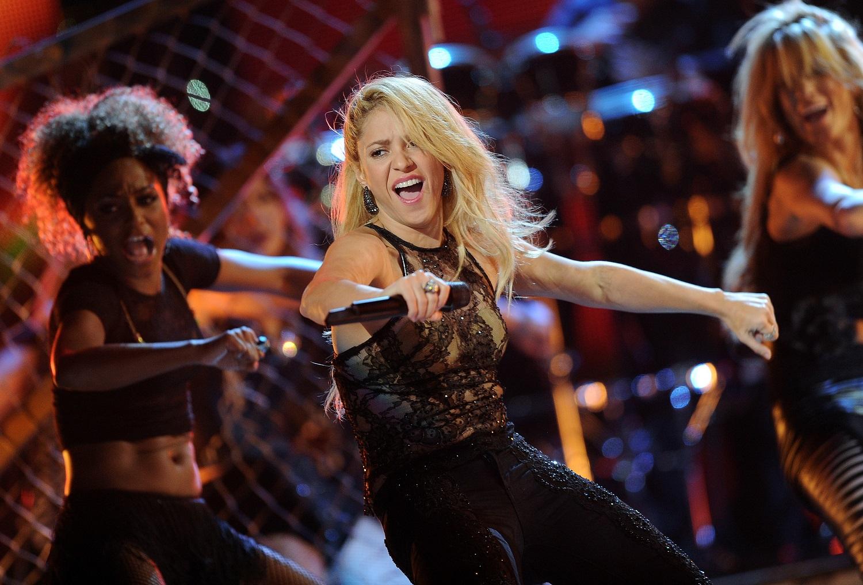 #TBT Grammys 2011: Shakira se puso como 'Loca'