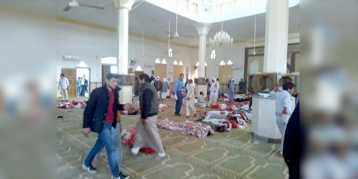 Al menos 270 muertos tras ataque terrorista en mezquita en Sinaí