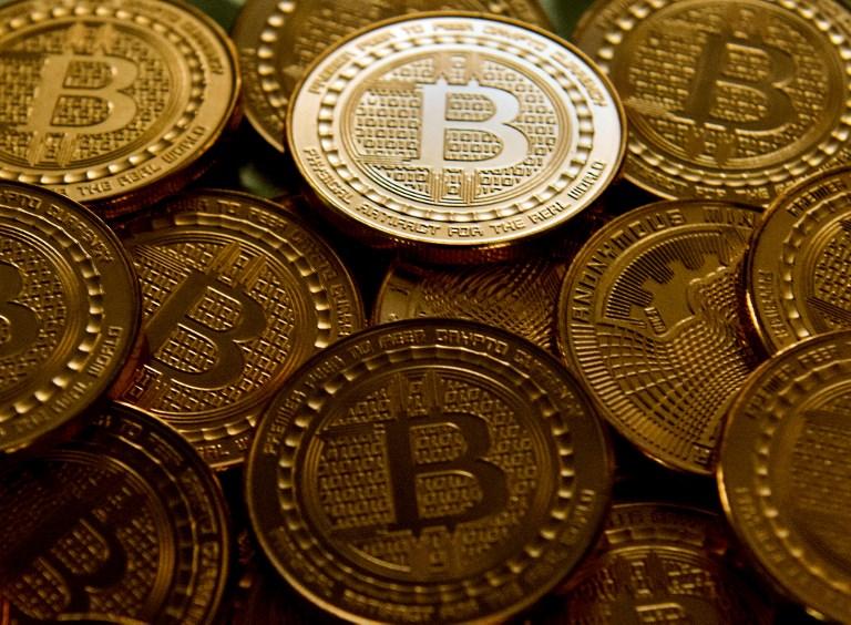 La caída del bitcoin que pone en duda a la moneda virtual