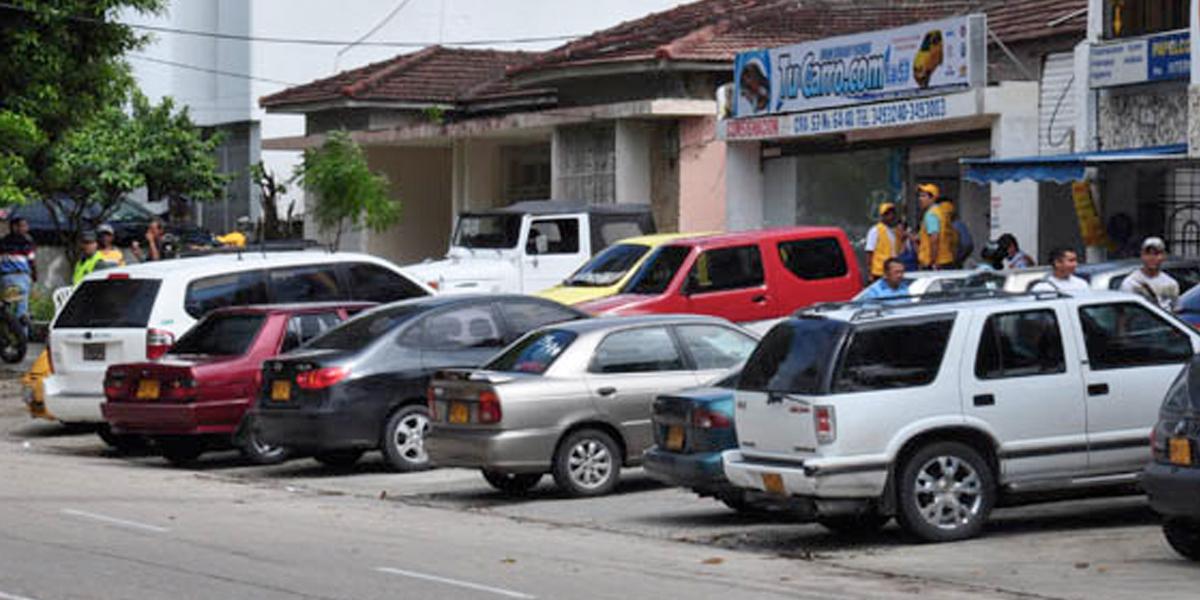 Bogotanos tendrán que pagar por parquear en la calle