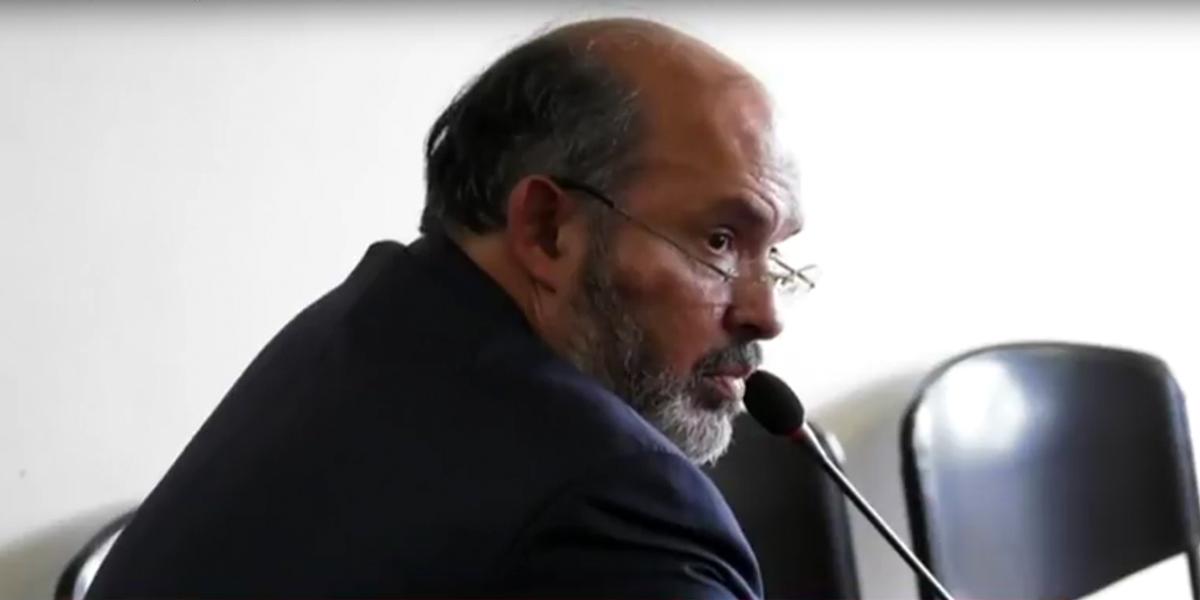 Fiscalía pide escuchar a 15 testigos en juicio del exmagistrado Ricaurte