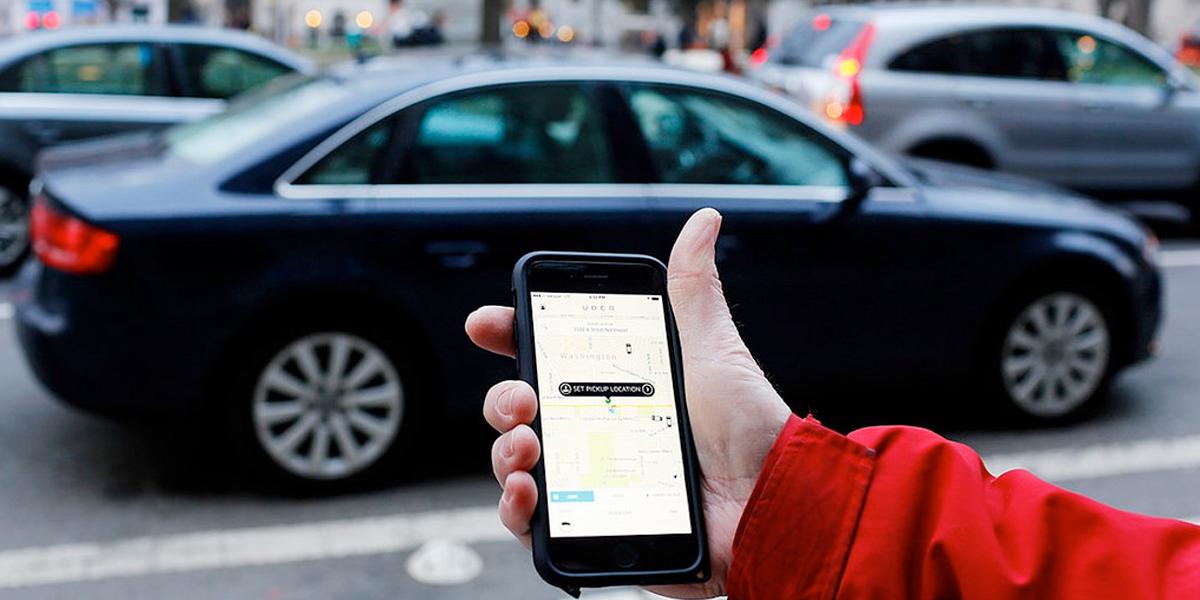 Usuarios de Uber denuncian cobros excesivos y robos