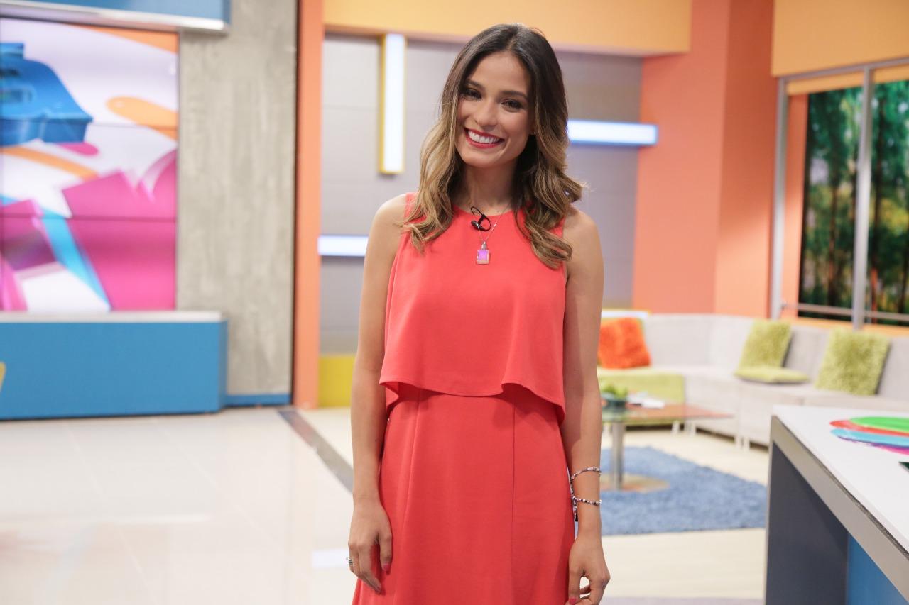 Así ha sido la faceta profesional de Alexandra Santos, la nueva presentadora de «Acá Entre Nos»