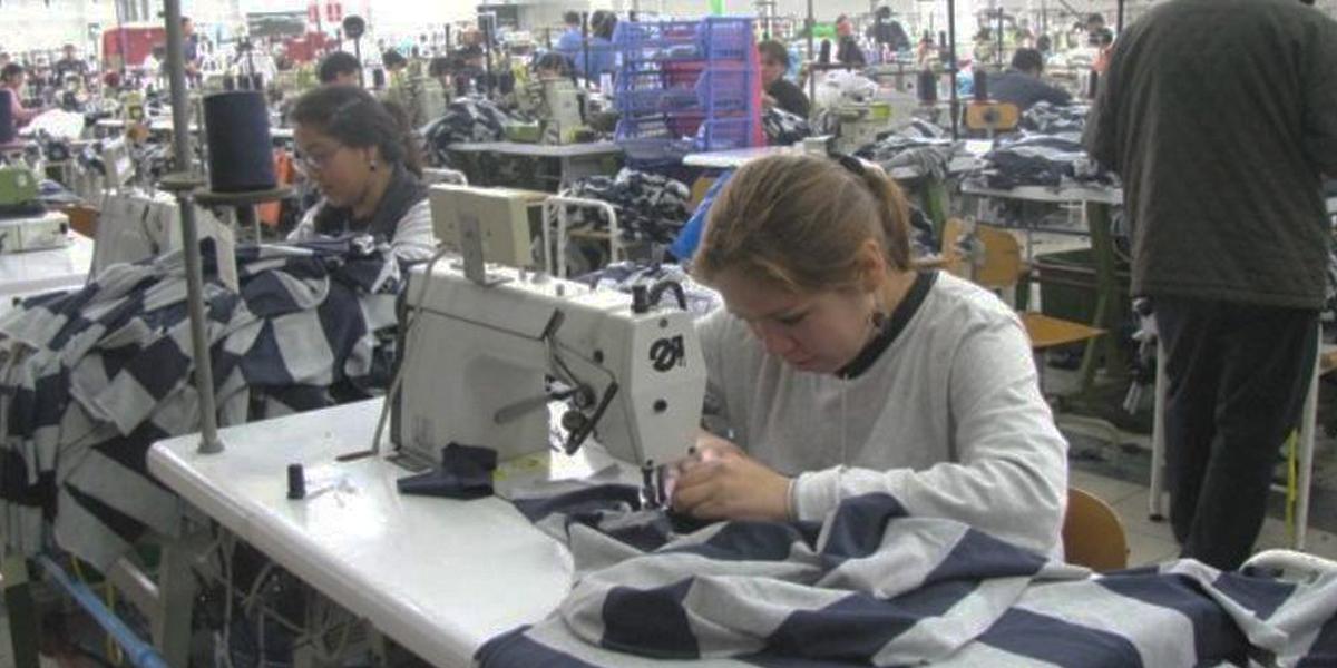 Producción industrial creció en noviembre 0,3%