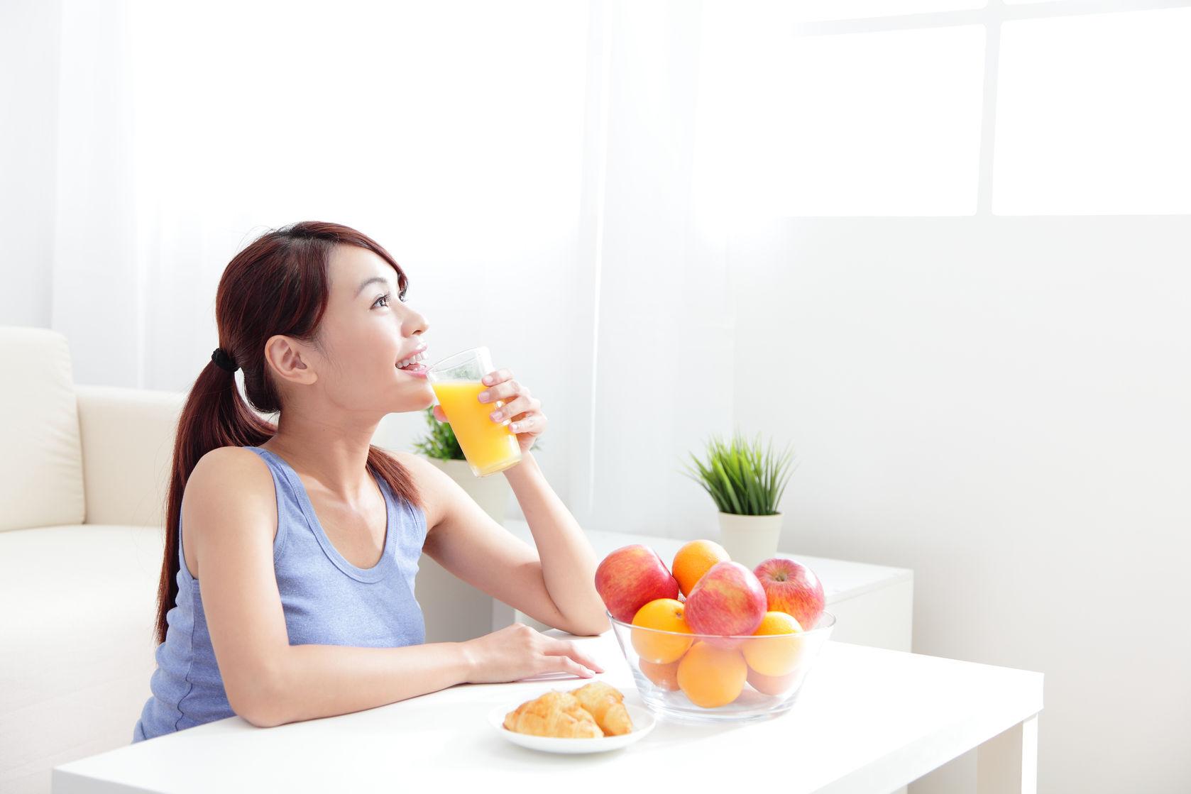 Néctar de frutos anaranjados por cuenta de Leo Morán