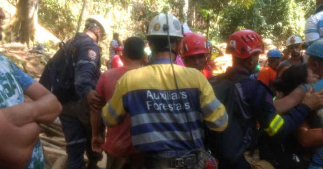 Rescatados con vida los siete mineros atrapados en el municipio de Remedios