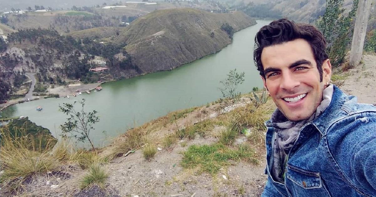 Javier Jattin volvió a Colombia a darle vida a un personaje que lo obligó a usar armas