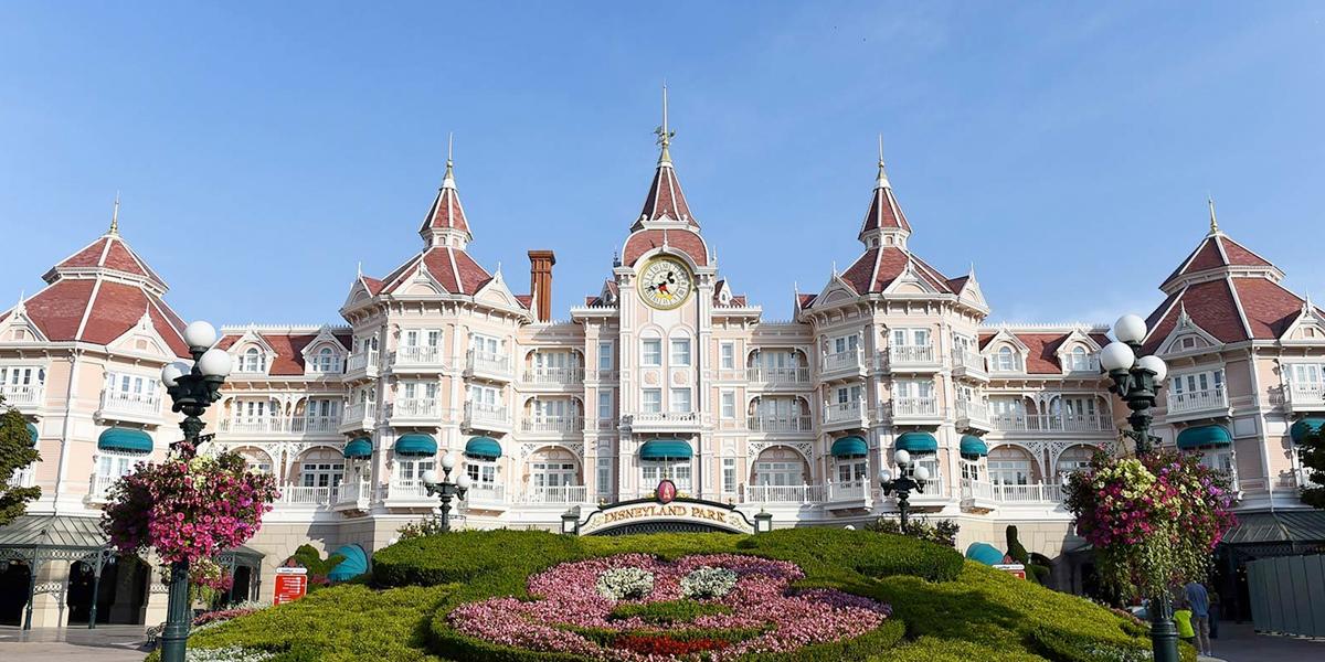 Disney cobrará estacionamientos a los huéspedes de sus hoteles