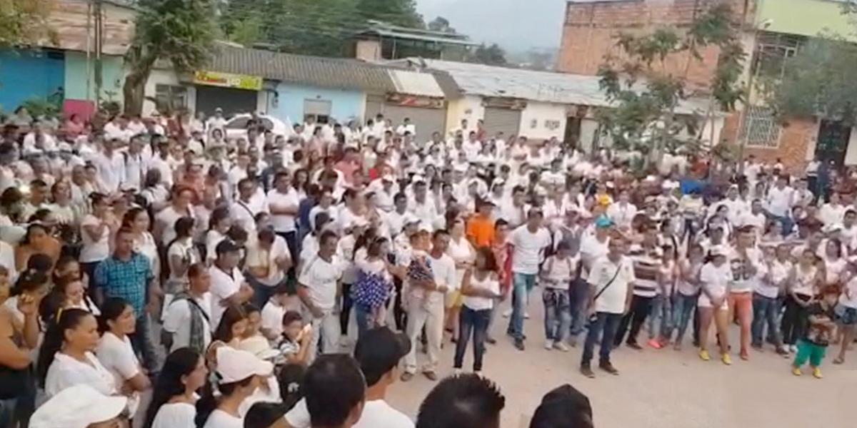 Campesinos se movilizan tras conflicto armado en El Tarra, Norte de Santander