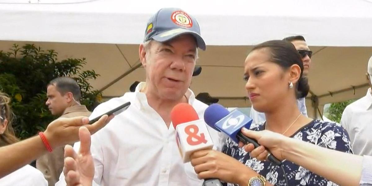 Presidente Santos habla de los 'espantapájaros' de la paz