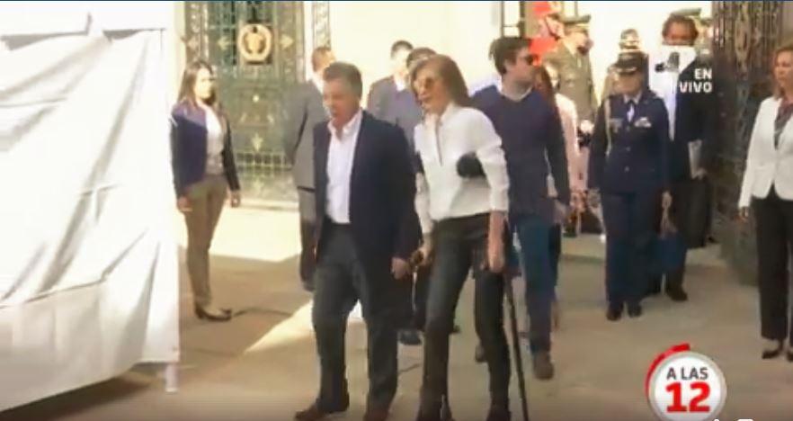 ¿Por qué la primera dama, Tutina de Santos, votó en muletas?