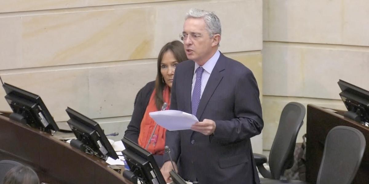 Confirman investigación contra Álvaro Uribe por supuesta manipulación de testigos
