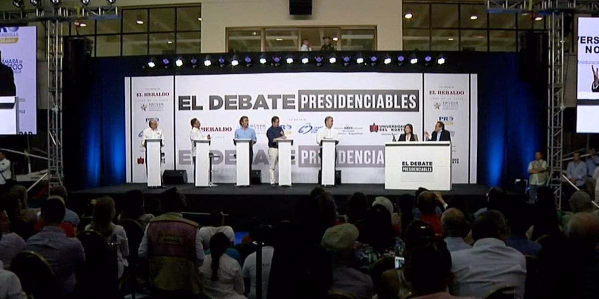 Duro debate presidencial en Barranquilla, lucha contra corrupción enfrenta a Duque y Petro