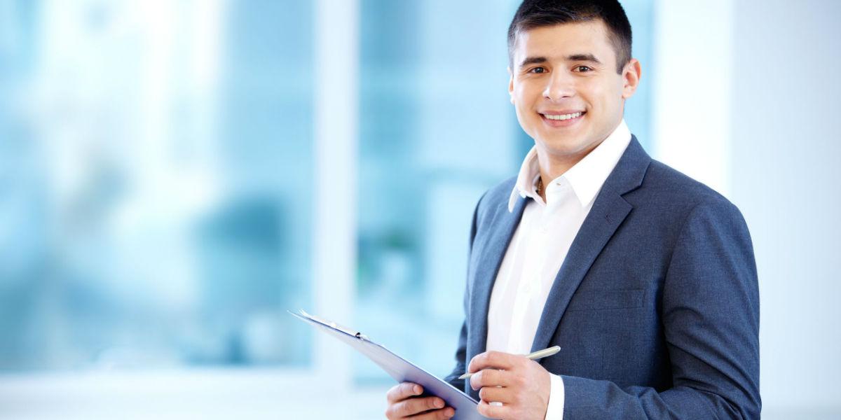 empleo trabajo ofertas laborales estudiante universitario - 123rf