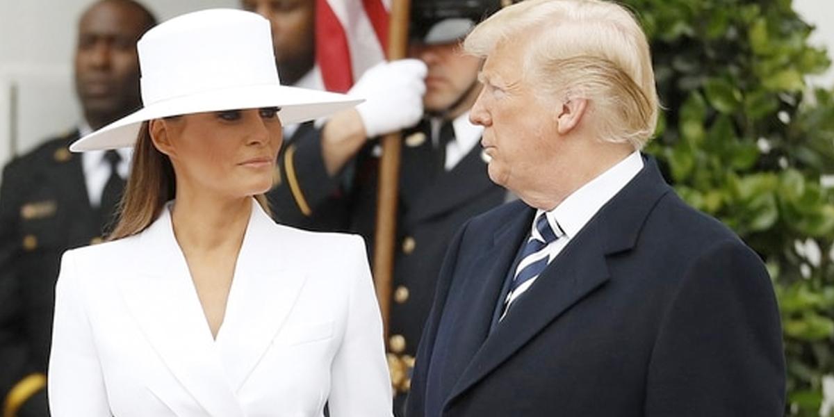 Momento incómodo entre Donald Trump y su esposa