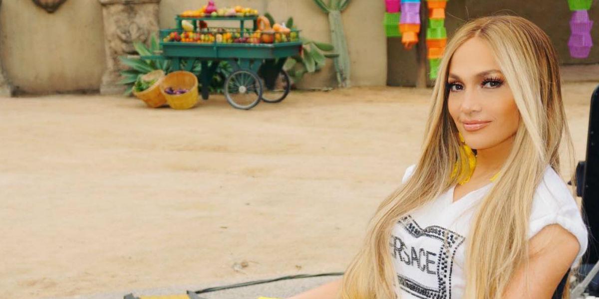 A Jennifer López se le vio accidentalmente que usa faja en este video