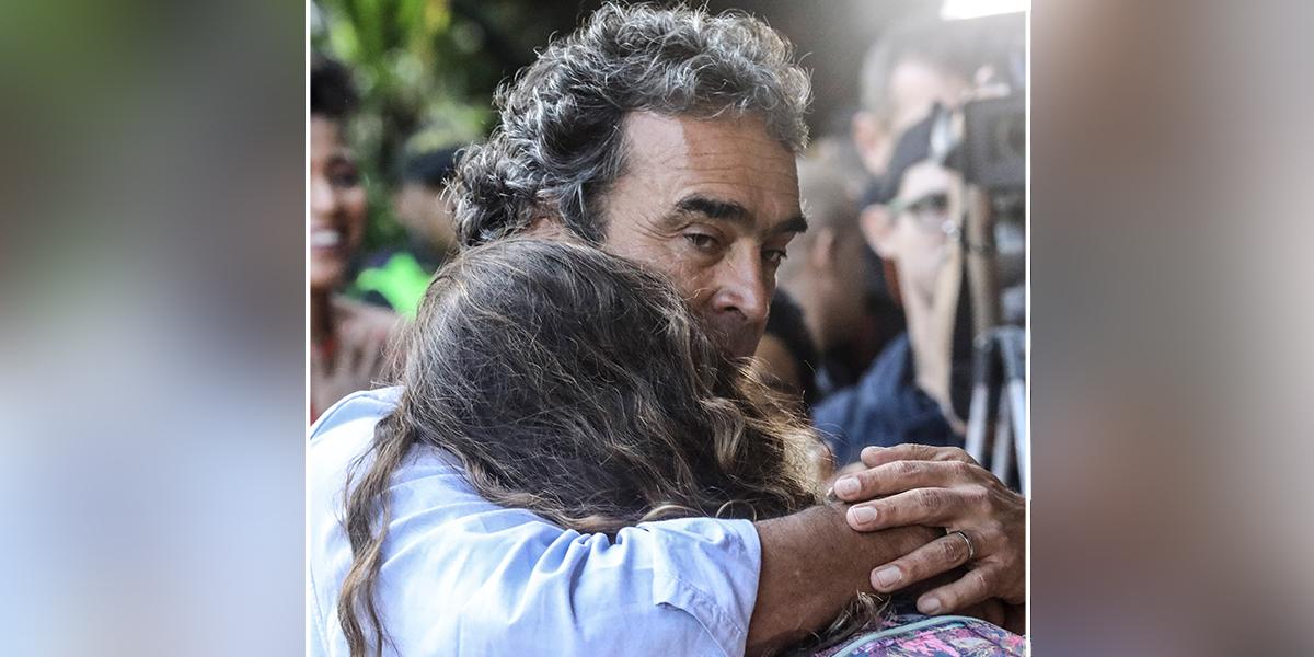 'Hoy me despierto triste y muy temprano a decirles gracias': Fajardo, tras tercer lugar en elecciones