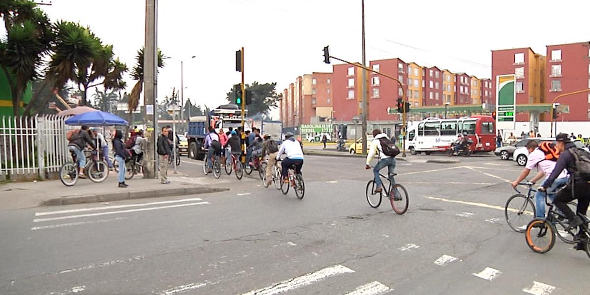Pese a la inseguridad, aumentan los viajes en bicicleta en Bogotá
