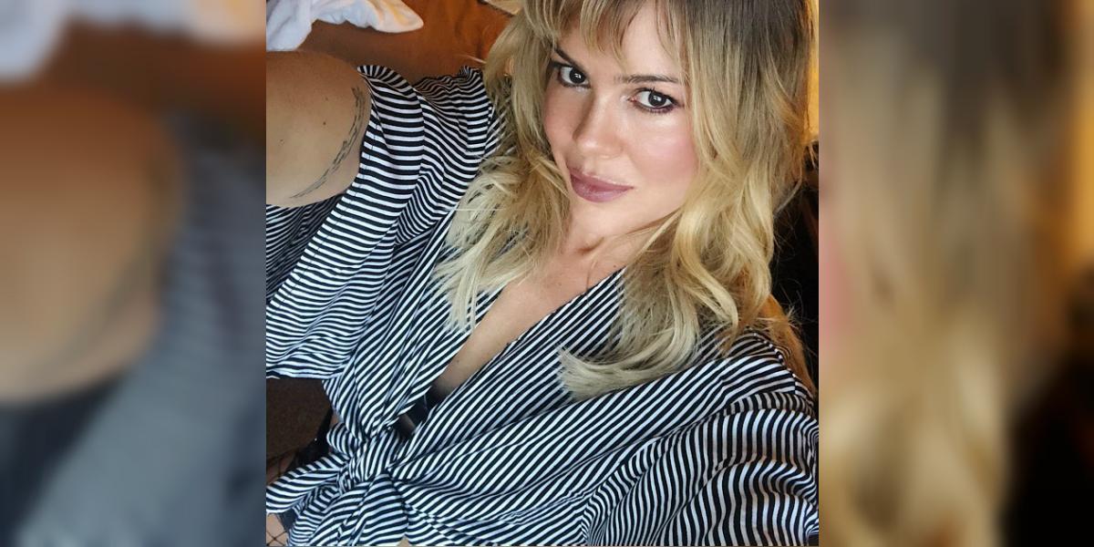Natalia París estremeció las redes con una foto sin brasier