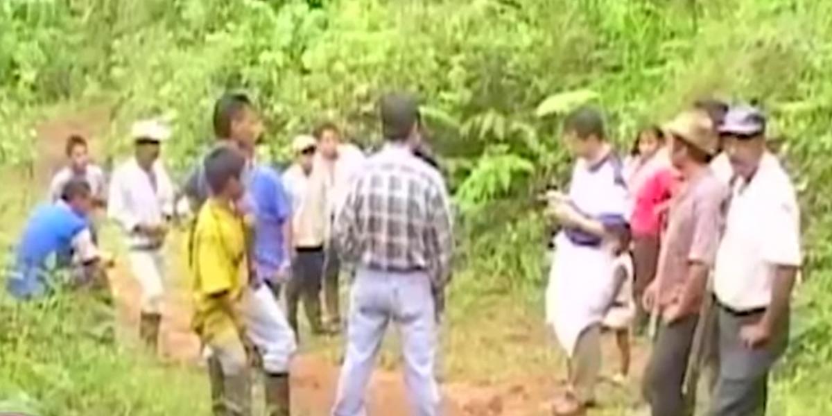 Corte Constitucional aprobó norma que prohíbe el paramilitarismo en Colombia