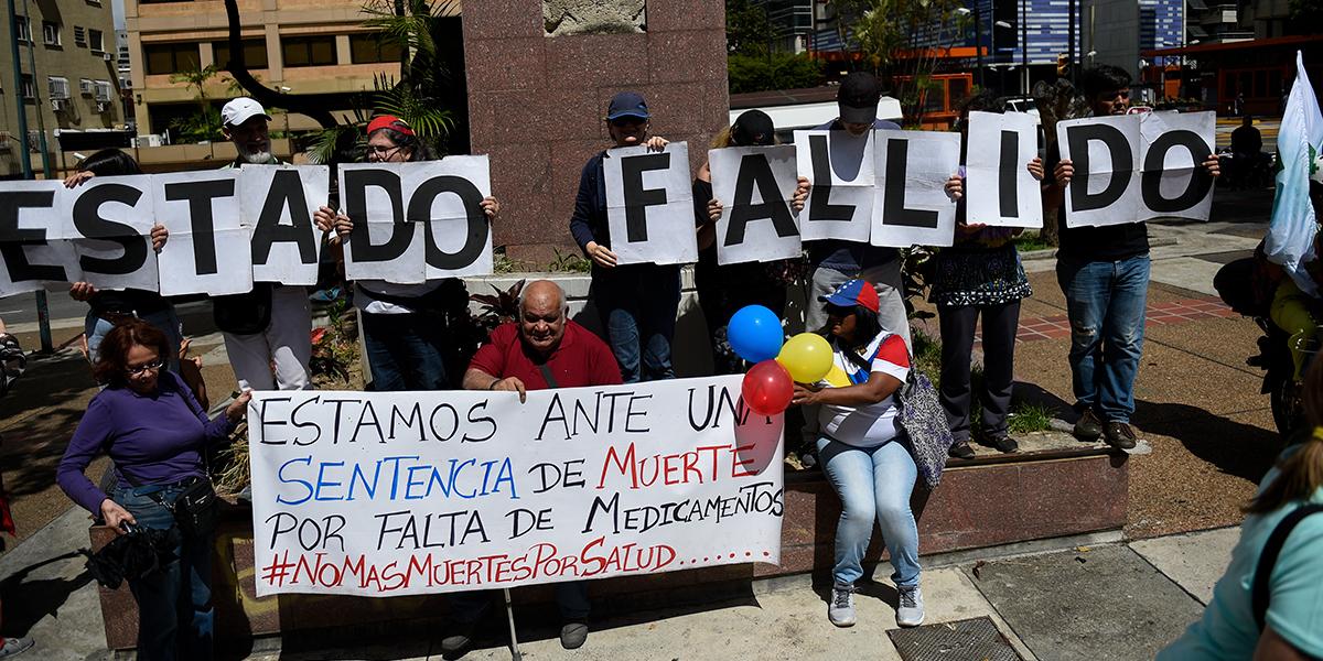 Médicos y enfermeras marcharon en Venezuela por escasez de medicinas
