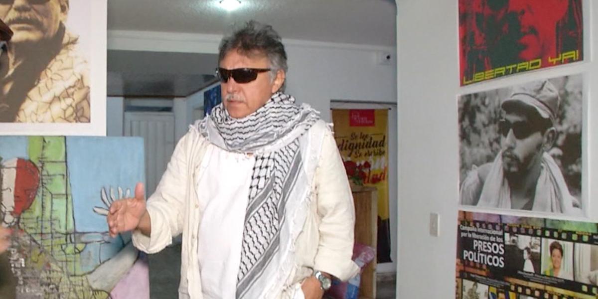 Polémica por curul de Jesús Santrich: FARC dice que sí, Congreso que no