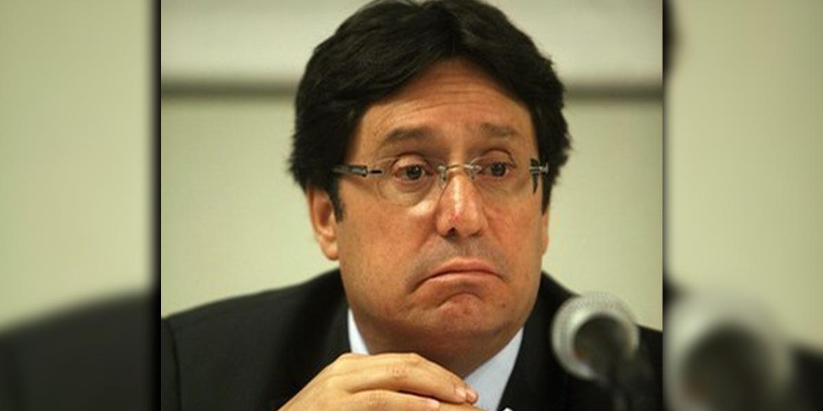 Primer tema a tratar con EUA será la erradicación de los cultivos de coca: Francisco Santos