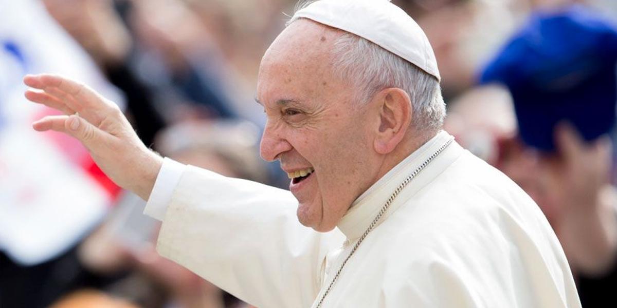 El papa bendecirá las reliquias de 'Bebedor Santo' en Irlanda