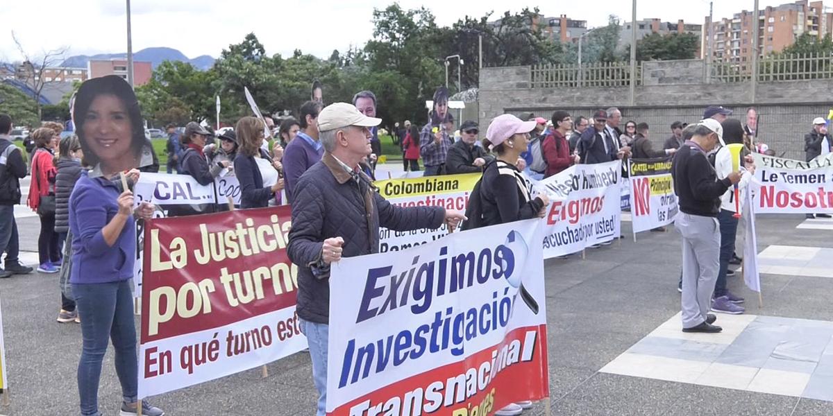 Plantón por la libertad de los responsables de desfalco de Elite International