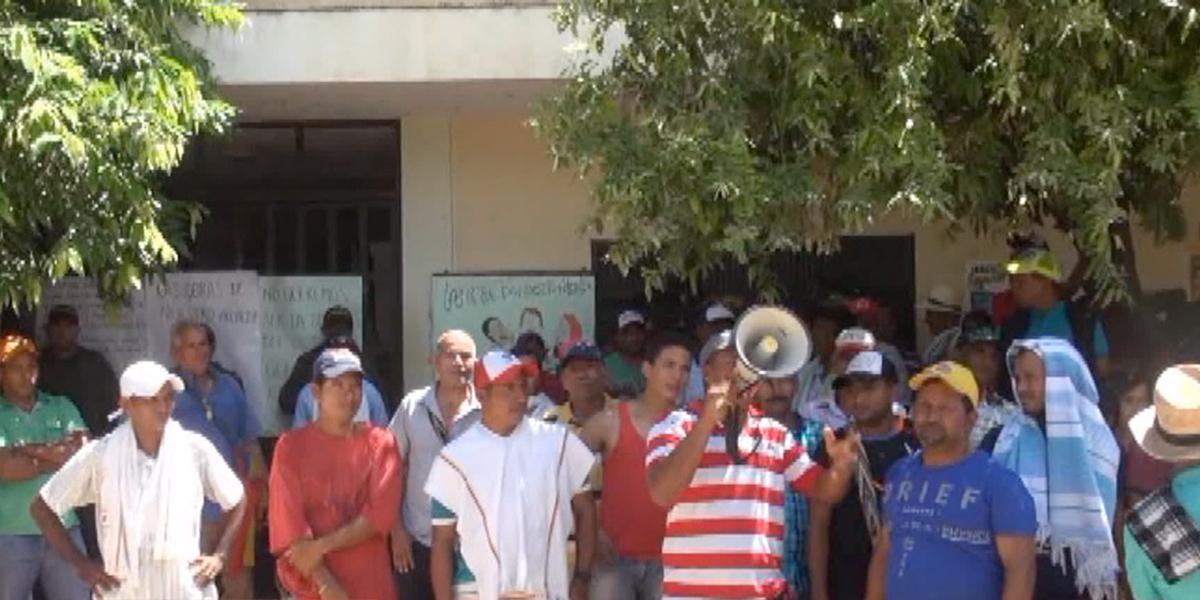 Paro de comunidades bloquea Morales, Bolívar