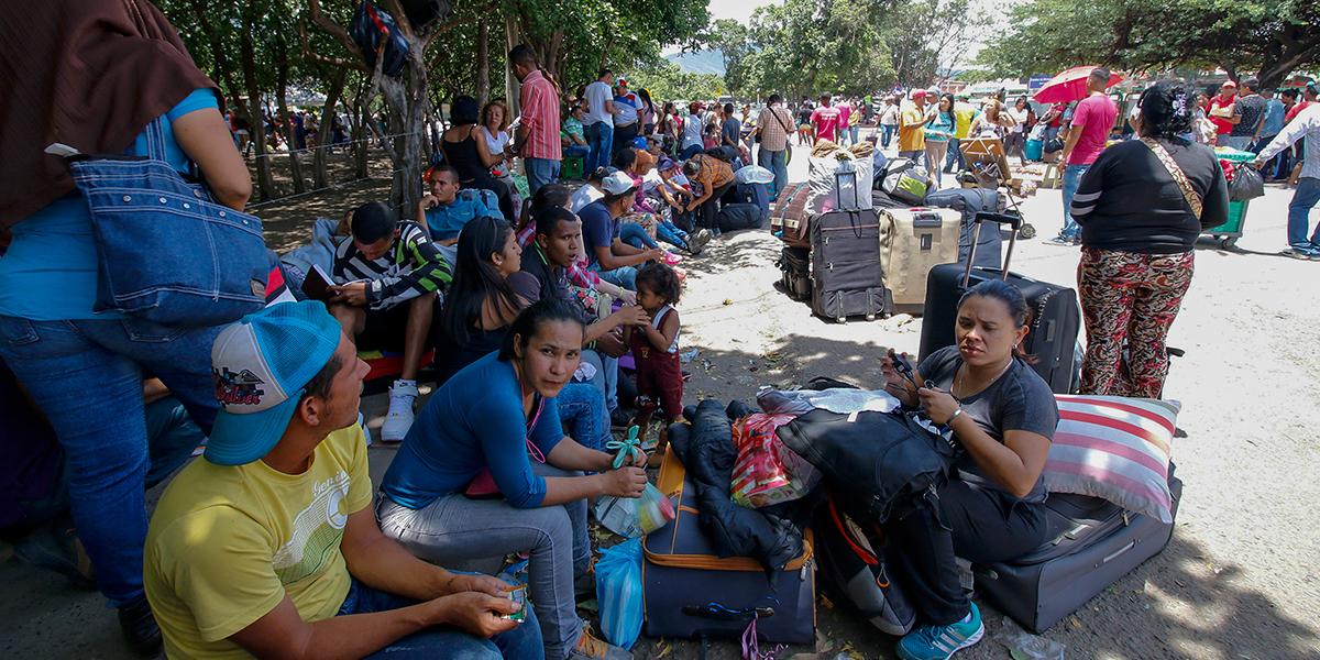 Autoridades migratorias de Perú, Ecuador, Colombia y Brasil se reúnen en Bogotá para tratar crisis