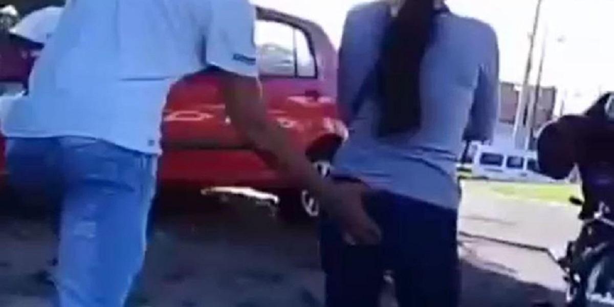 Polémica en Ibagué por 'youtubers' que roban besos y tocan partes íntimas de mujeres