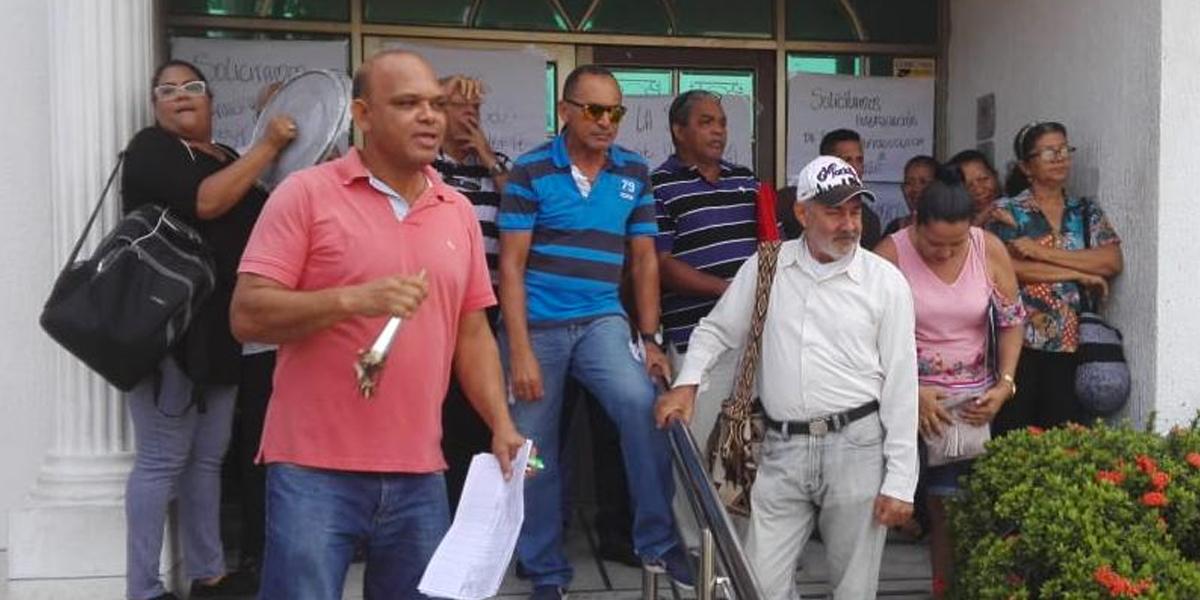 En Riohacha usuarios de Coomeva protestan por la falta de atención médica