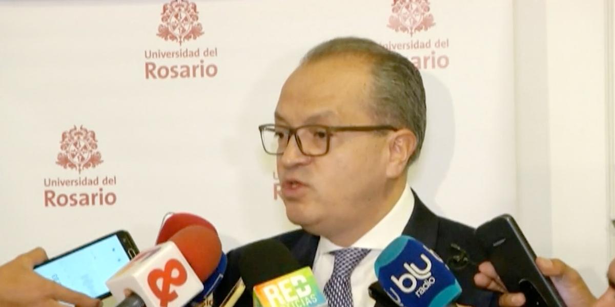 'Se debe buscar la salida a los cultivos ilícitos': procurador Carrillo