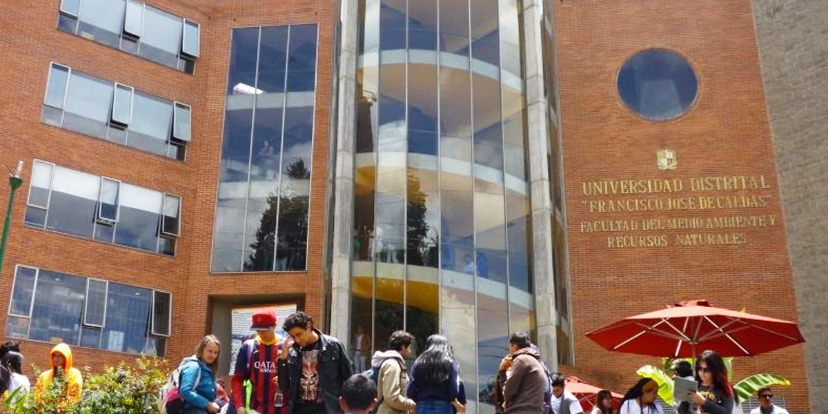 Universidad Distrital suspende semestre académico